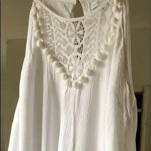 Dresses & Skirts - White Summer Sleeveless Dress